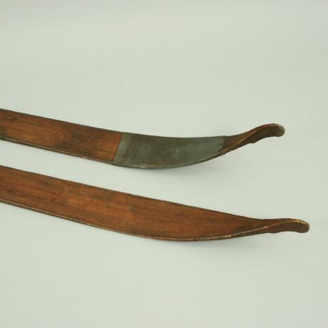 17730 Antique Scandinavian Skis
