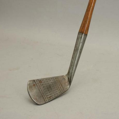 19787 ANTIQUE HICKORY GOLF CLUB, HARRY VARDON...
