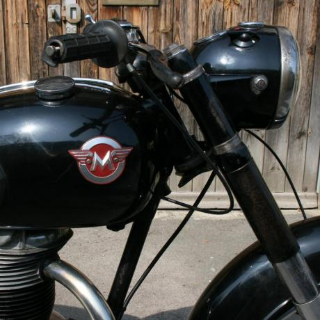 24248 CLASSIC MATCHLESS MOTORCYCLE.A good...