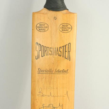 24487 Vintage Cricket Bat, 1980\'S England,...