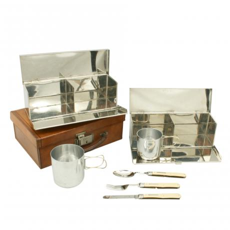 26234 Picnic Set in Leather.
