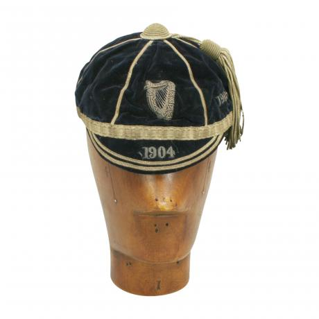 26355 Vintage Velvet 1904 College Rowing...