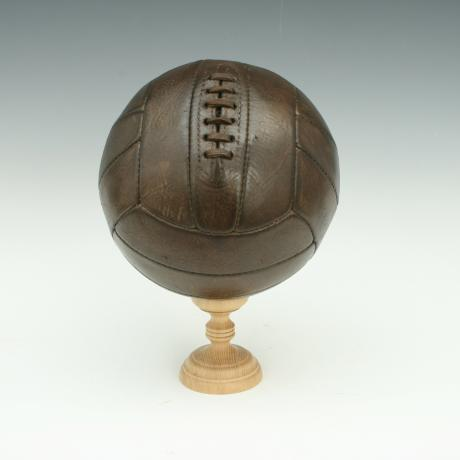 26277 Vintage Leather Football.